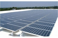 Solar panels on a commercial rooftop (Commercial Rooftop Photovoltaic Design)